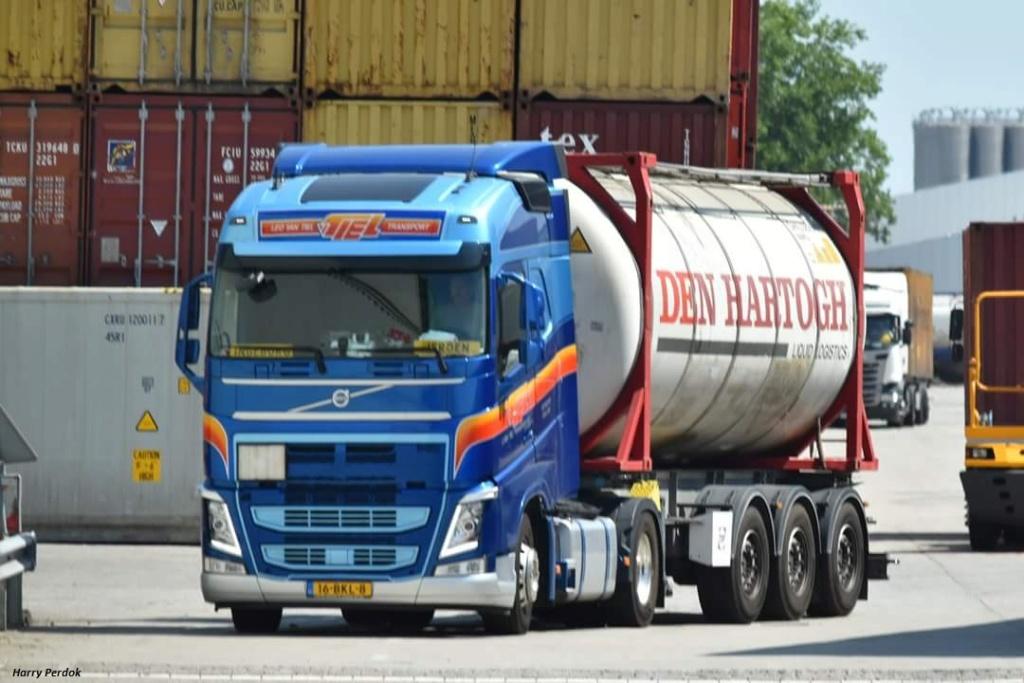 Leo Van Tiel (Schiedam) Fb_im392