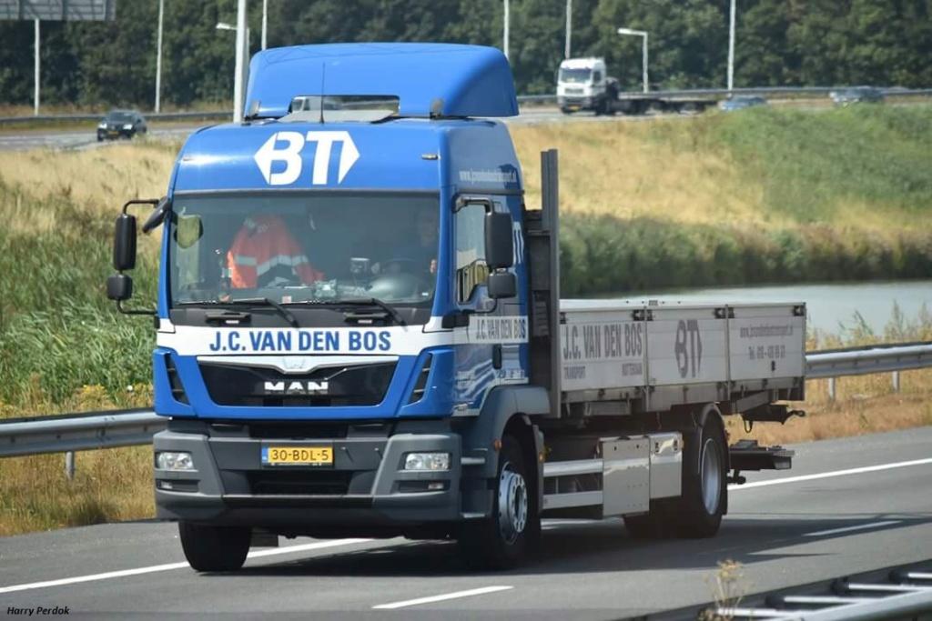 JC Van den Bos Transport (Rotterdam) Fb_im520