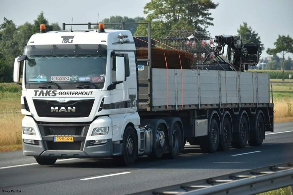 Taks (Oosterhout) Fb_im555