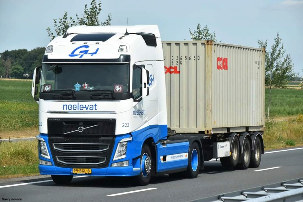 Neele-Vat Logistics  (Rotterdam) Fb_im674