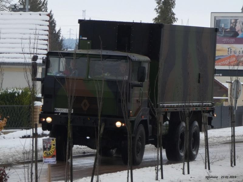 Camions de l'Armée - Page 16 P1010216