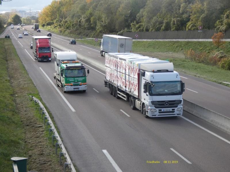 Photos avec plusieurs camions - Page 40 P1010728