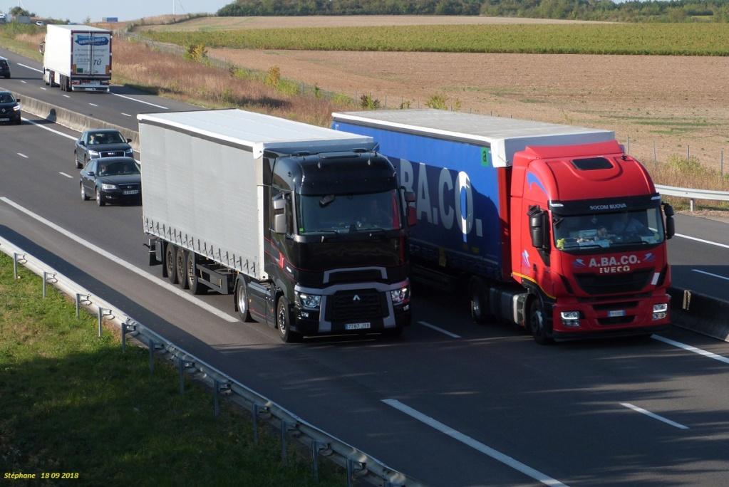 Photos avec plusieurs camions - Page 36 P1440014