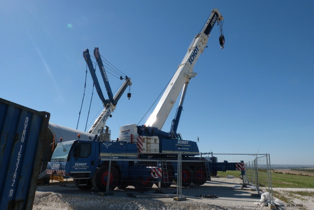 Parc éolien des Monts en construction (St Benoit sur Seine) P1440190