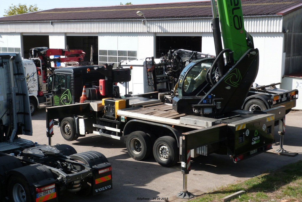 Camions nacelles - Page 2 P1440281