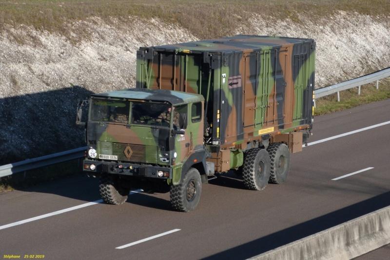 Camions de l'Armée - Page 16 P1450753