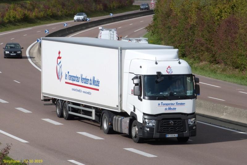 Le Transporteur Vendéen du Meuble (Longeves, 85) P1470572