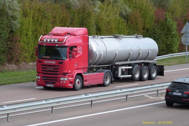 Scania série R G et P - Page 25 P1470578