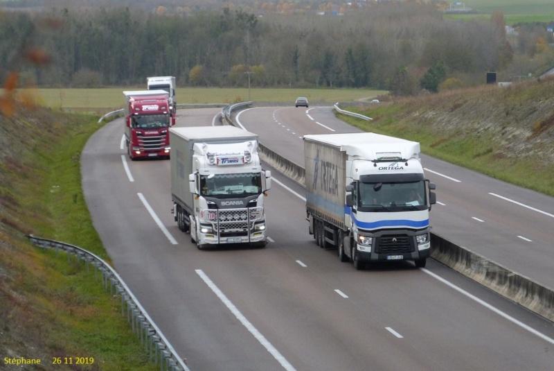 Photos avec plusieurs camions - Page 40 P1480670