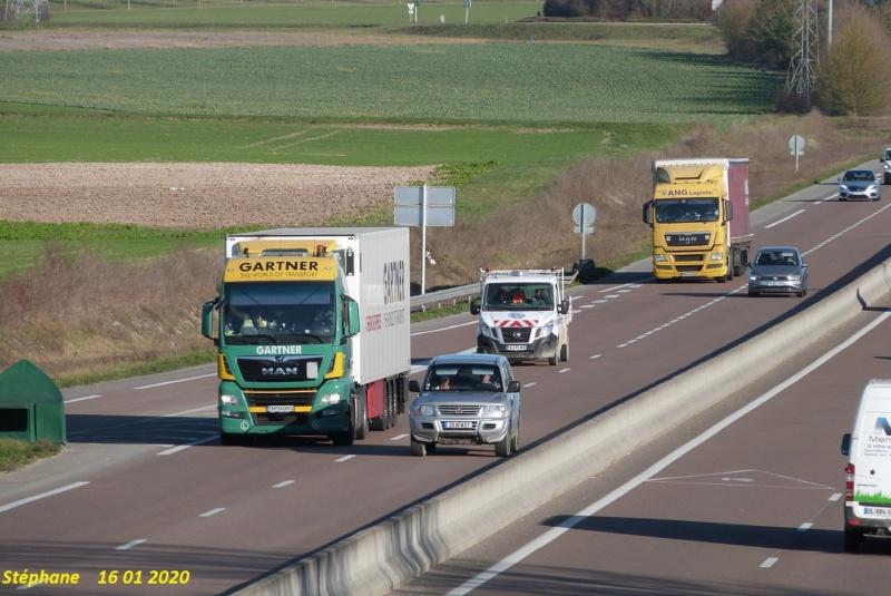 Photos avec plusieurs camions - Page 41 P1490369