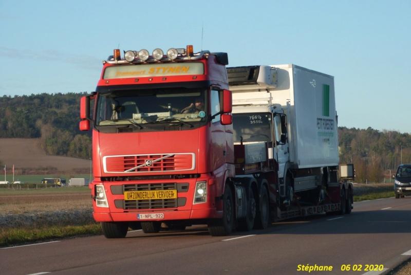 Transport Stynen  (Oelegem) P1490877