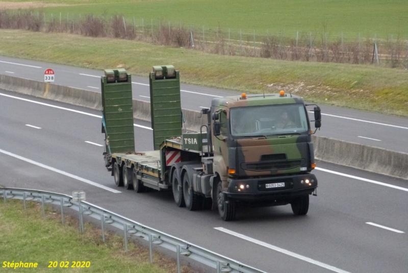 Camions de l'Armée - Page 16 P1500063