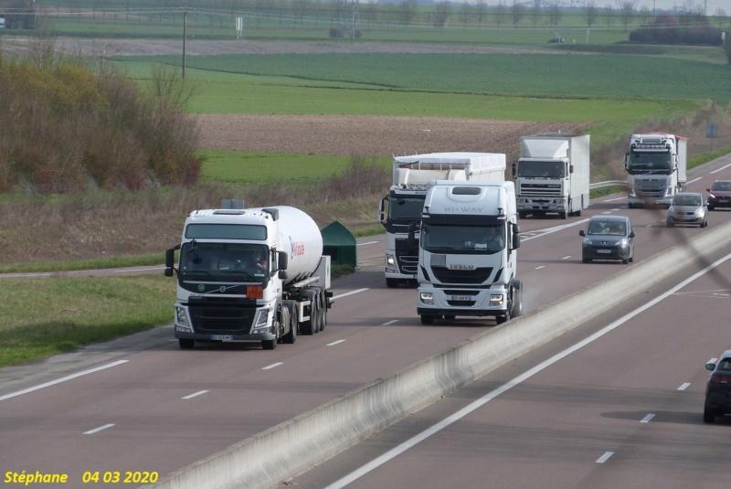Photos avec plusieurs camions - Page 42 P1500552