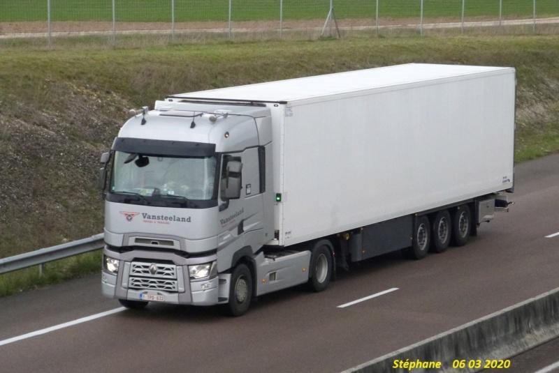 Vansteeland Truck Rent - Izegem P1500654