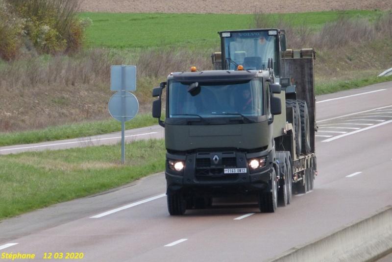 Camions de l'Armée - Page 16 P1510033