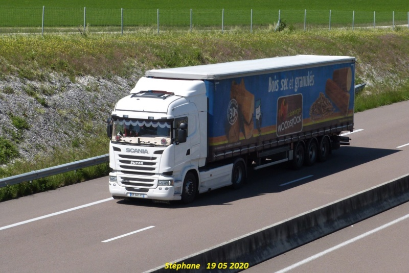 La publicité sur les camions  - Page 40 P1510725