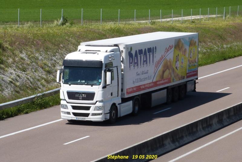 La publicité sur les camions  - Page 40 P1510745