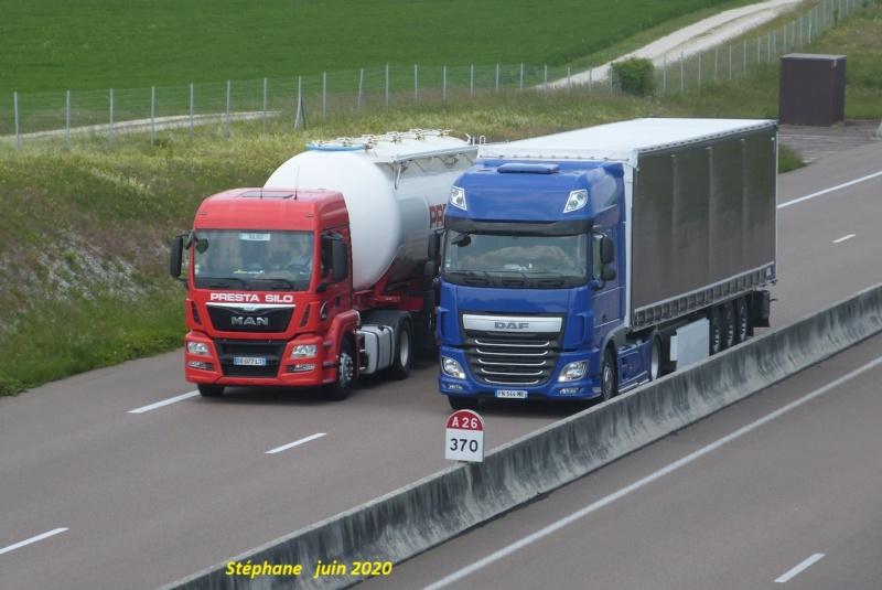 Photos avec plusieurs camions - Page 43 P1510812