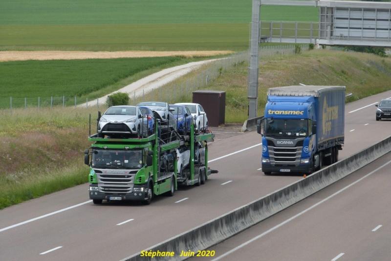 Photos avec plusieurs camions - Page 44 P1520021