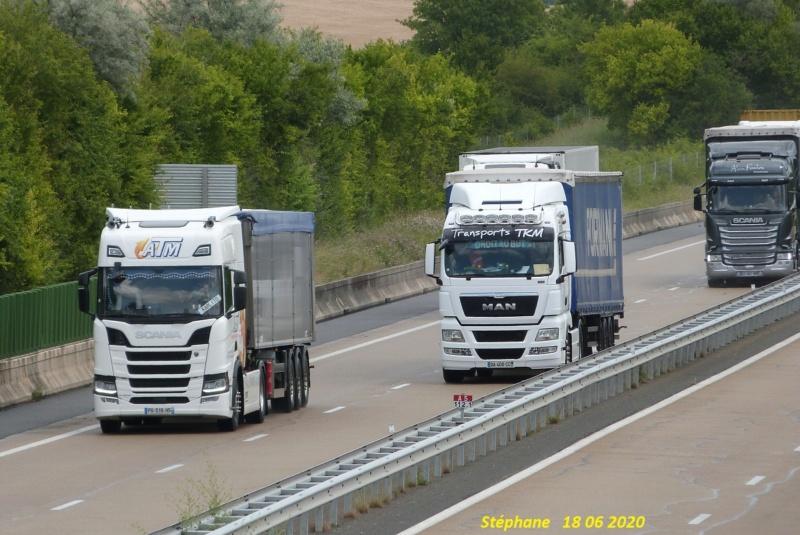 Photos avec plusieurs camions - Page 44 P1520317