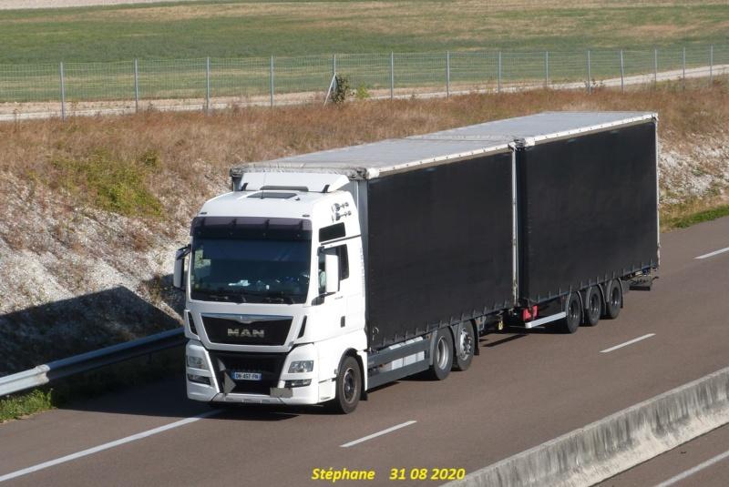 MAN TGX blanc camion remorque bâcher noir P1530914