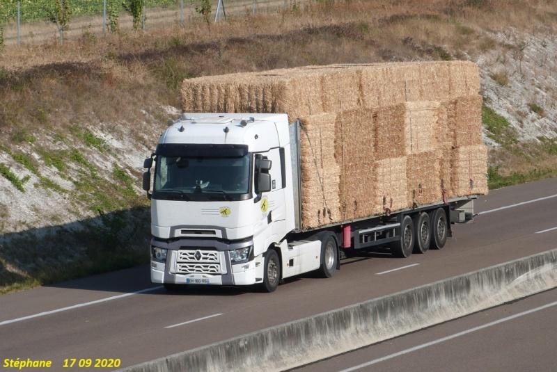 Transports de paille - Page 4 P1540844