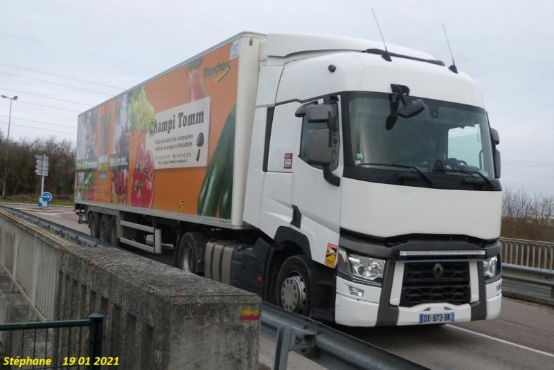 La publicité sur les camions  - Page 41 P1550860