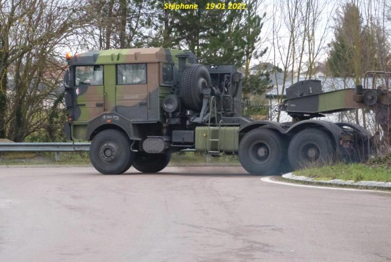 Camions de l'Armée - Page 17 P1550989