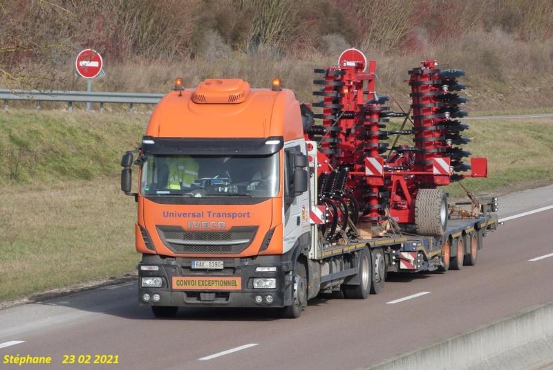 Universal Transport  (Paderborn) P1560225