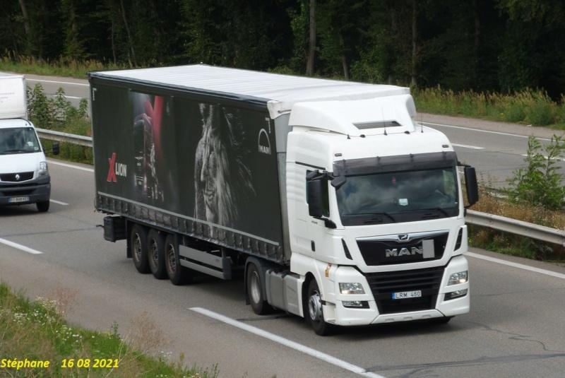 La publicité sur les camions  - Page 42 P1580238