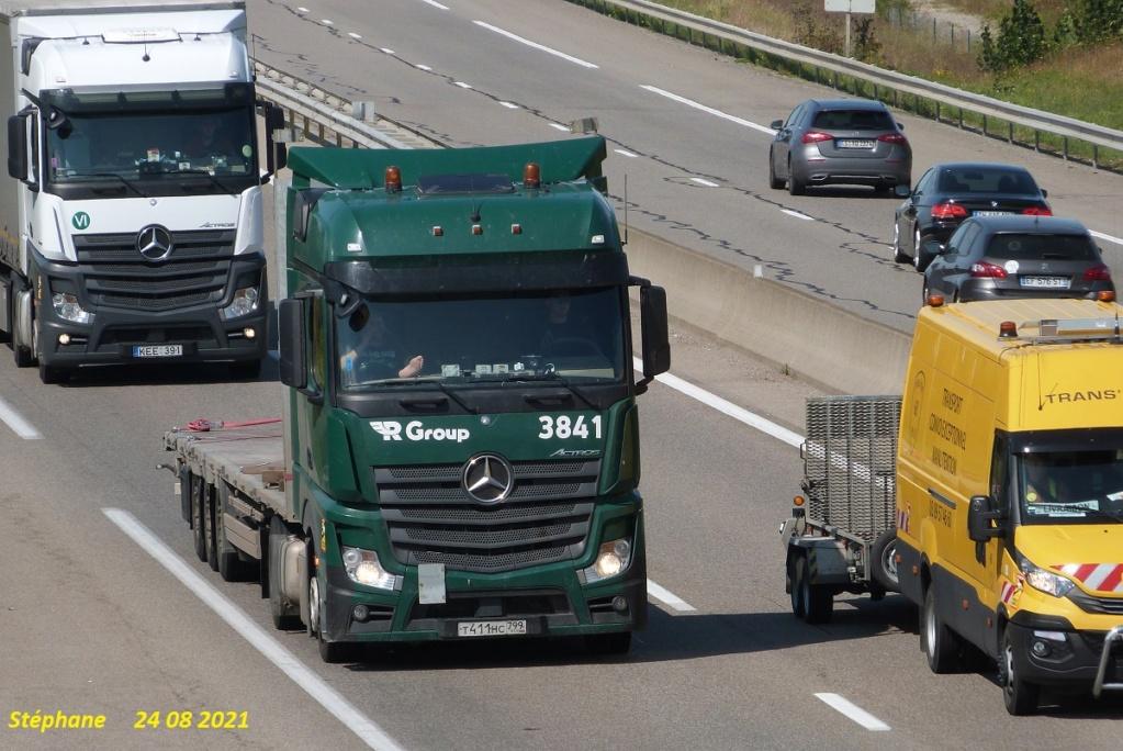 R Group  (Minsk) P1580814