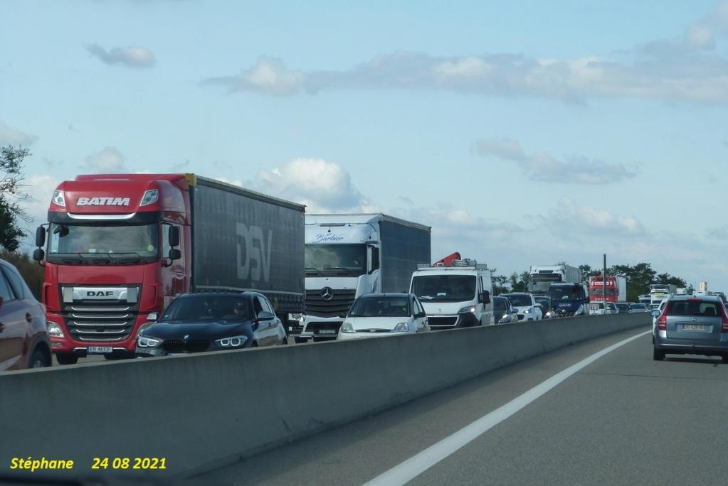 Photos avec plusieurs camions - Page 7 P1580862