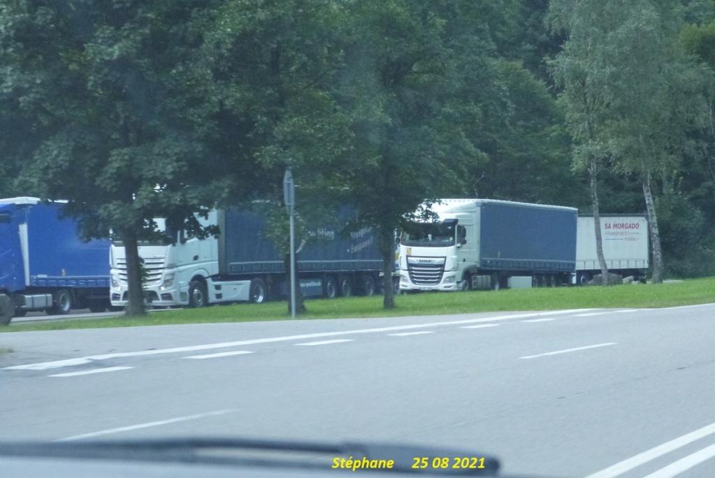 Photos avec plusieurs camions - Page 7 P1590049