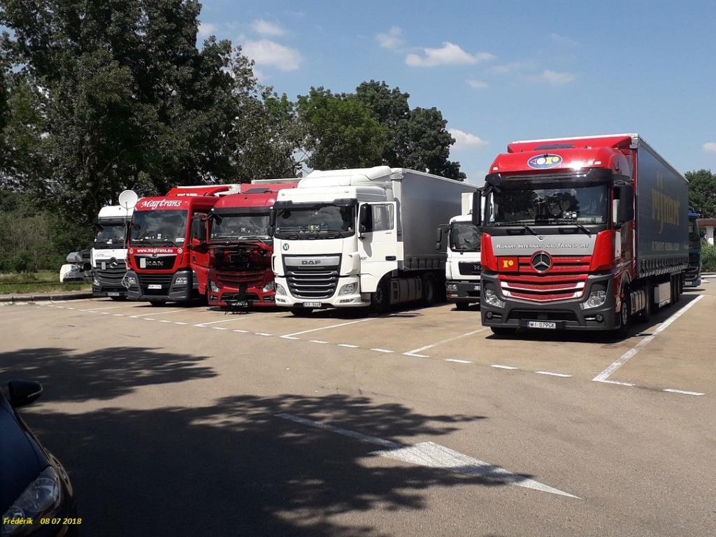 Photos avec plusieurs camions - Page 36 Receiv33