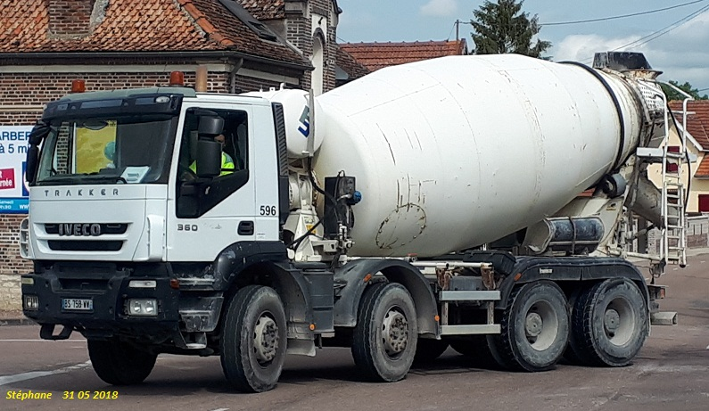 Pompes a beton + Camions malaxeur (Camions Toupie) - Page 4 Smart164