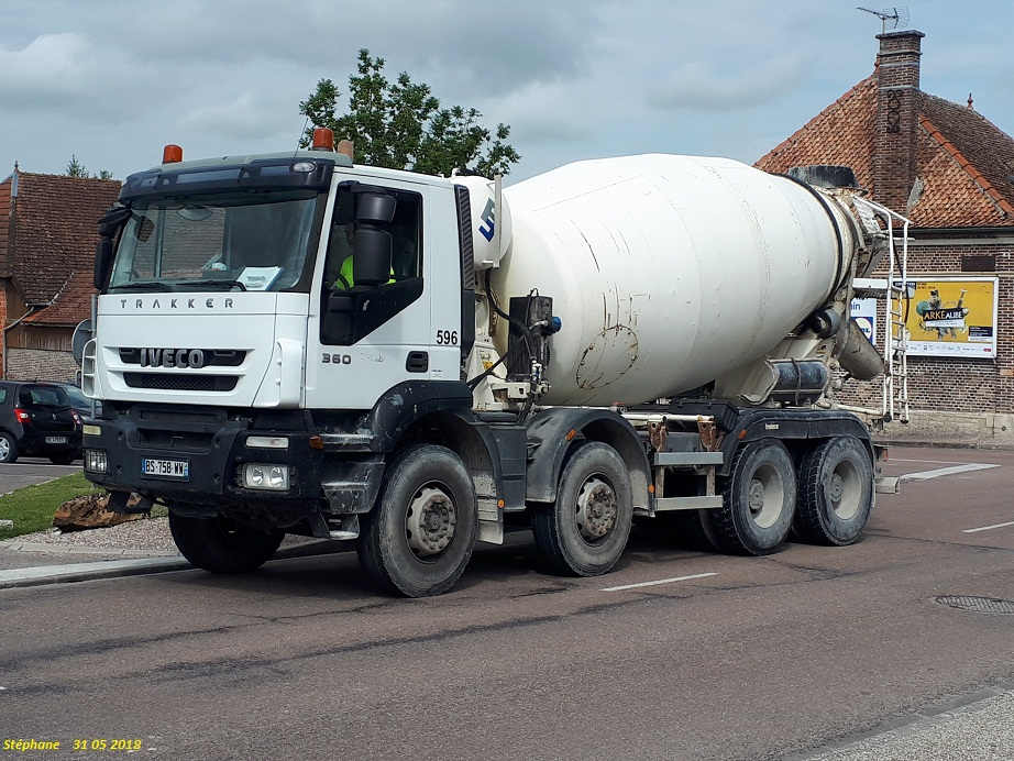 Pompes a beton + Camions malaxeur (Camions Toupie) - Page 4 Smart165