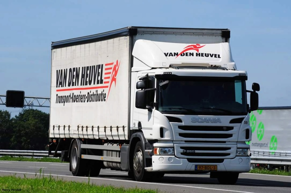 Van den Heuvel  (Uden) Smart735