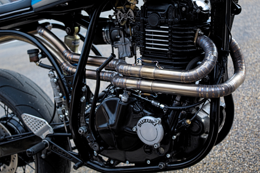 Désirée - Suzuki DR 600 Supermono - Page 12 Img_0513