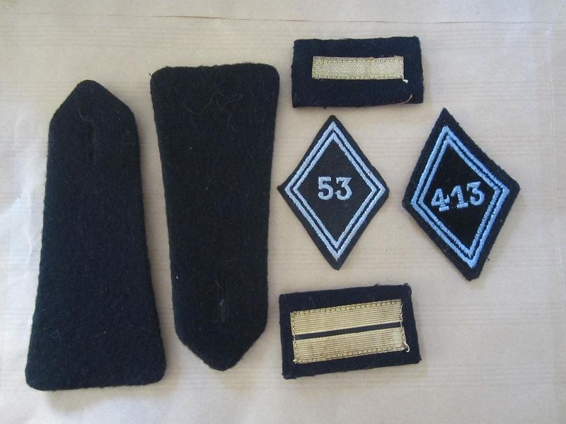 Lot Écussons mle 45 et épaulettes transmission. Img_6924