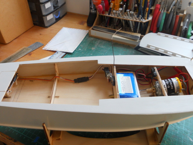 HA Kits Ocean Racer - Page 2 Dscn1569