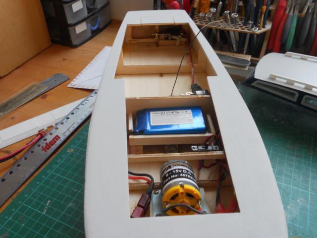 HA Kits Ocean Racer - Page 2 Dscn1570
