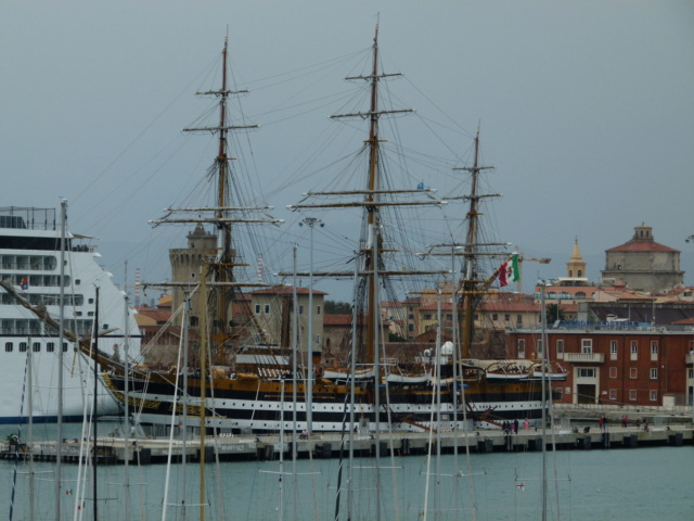 The Italian Navy tall ship the Amerigo Vespucci P1000410