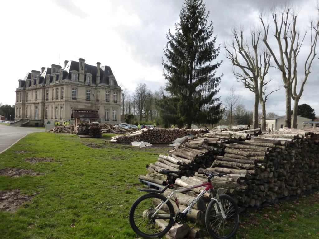 Engin electric de l'IUT de l' Aisne: 2019...reflexion mobilité - Page 32 P1040250
