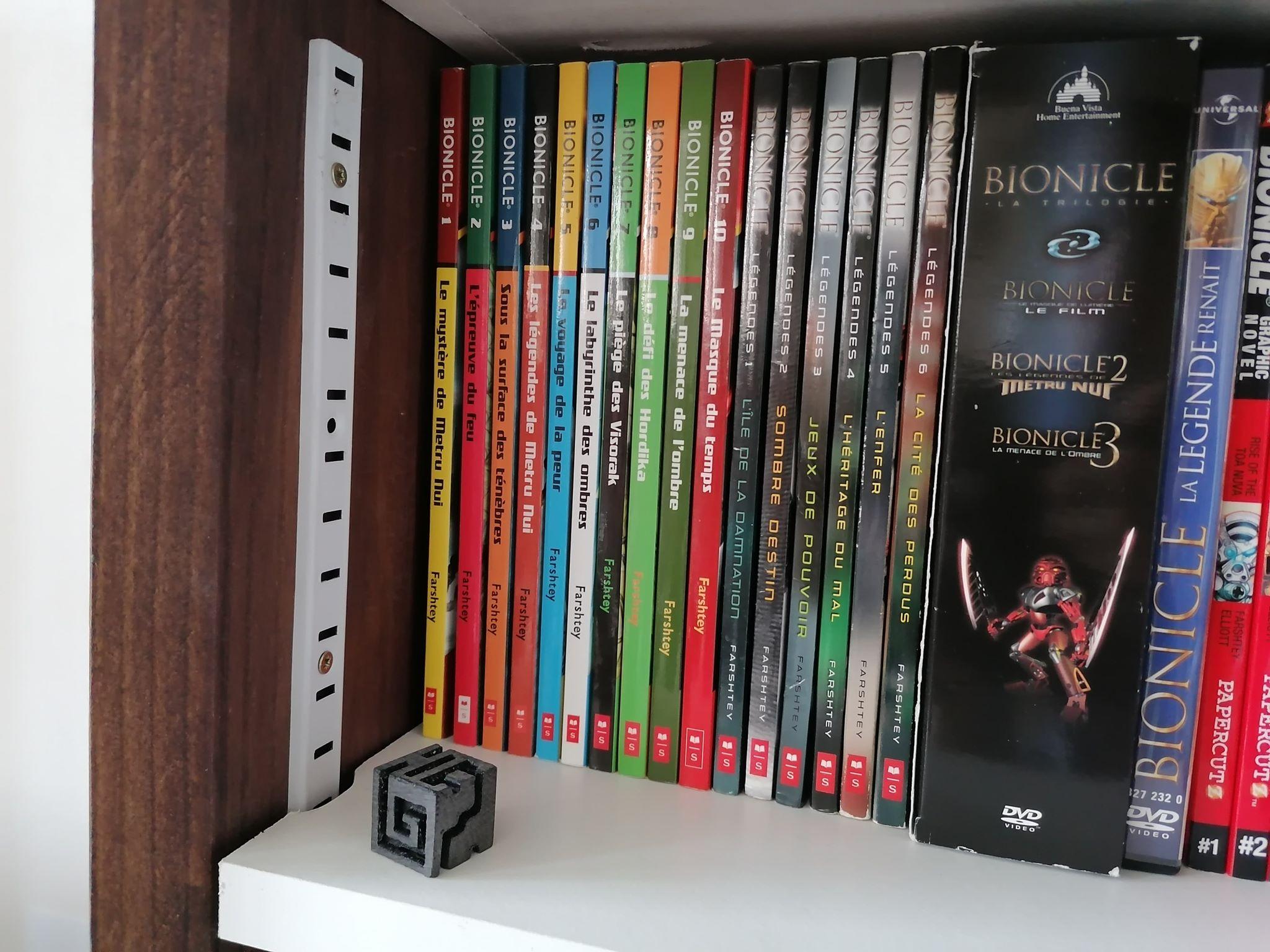 Les romans BIONICLE en français, des biens rares trop méconnus 95354010