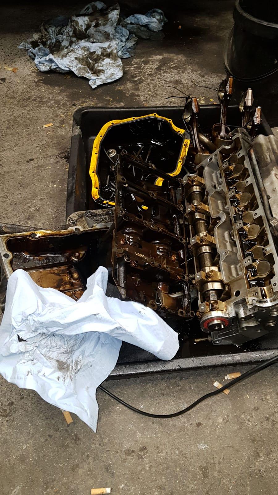 Mein Zafira Motor drin .... und läuft endlich Img-2013