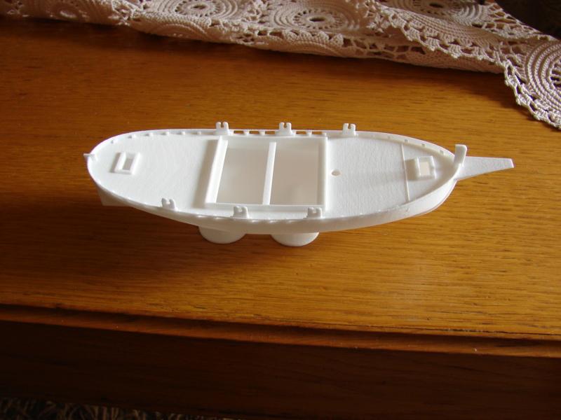 Leut, brod opće namjene, nacrtan u 3D tehnici Dsc00510