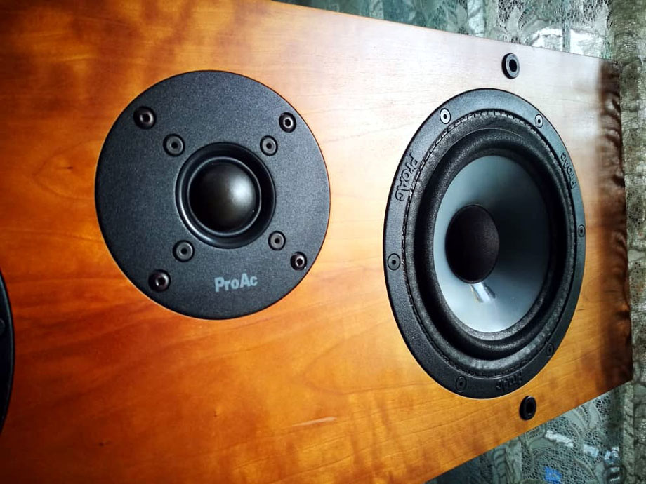 ProAc Response CC2 Center Channel Speaker, England Cc2d10