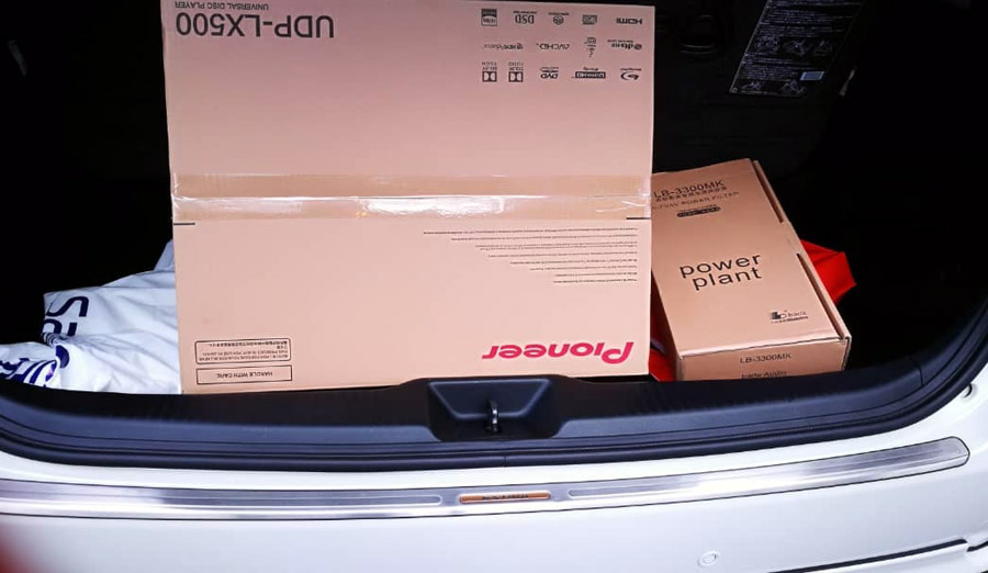 Pioneer UDP-LX500 4K Universal Disc Player  Lx500a10