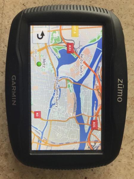 GPS Garmin Zumo 340 LM VENDU Img_1610