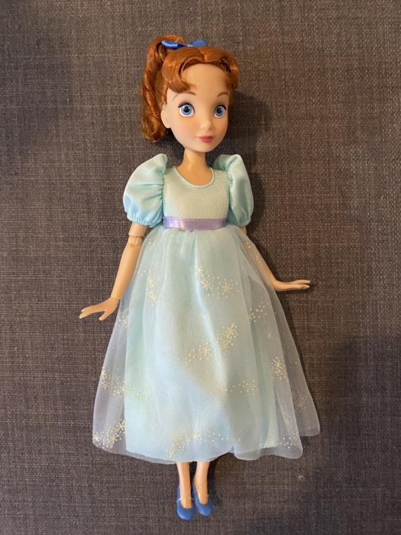 Les poupées classiques du Disney Store et des Parcs - Page 29 Img_2613